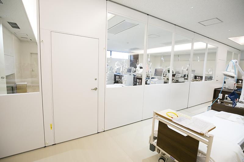 陰圧透析室