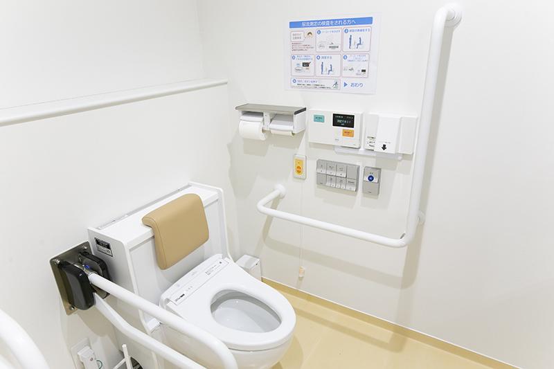 採尿トイレ(尿流用測定機)